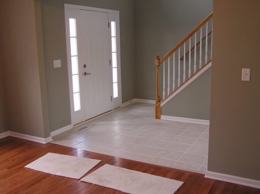 Ceramic Tile Foyer Entryway in Cuyahoga Falls, Ohio