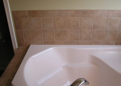 Carr Tile Tub Surround